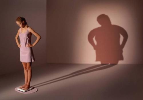moda manken dieta anoreksiya bulemiya